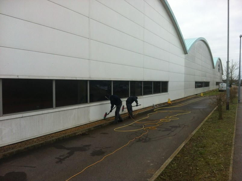 Cladding Cleaning In Cambridge Huntingdon Peterborough
