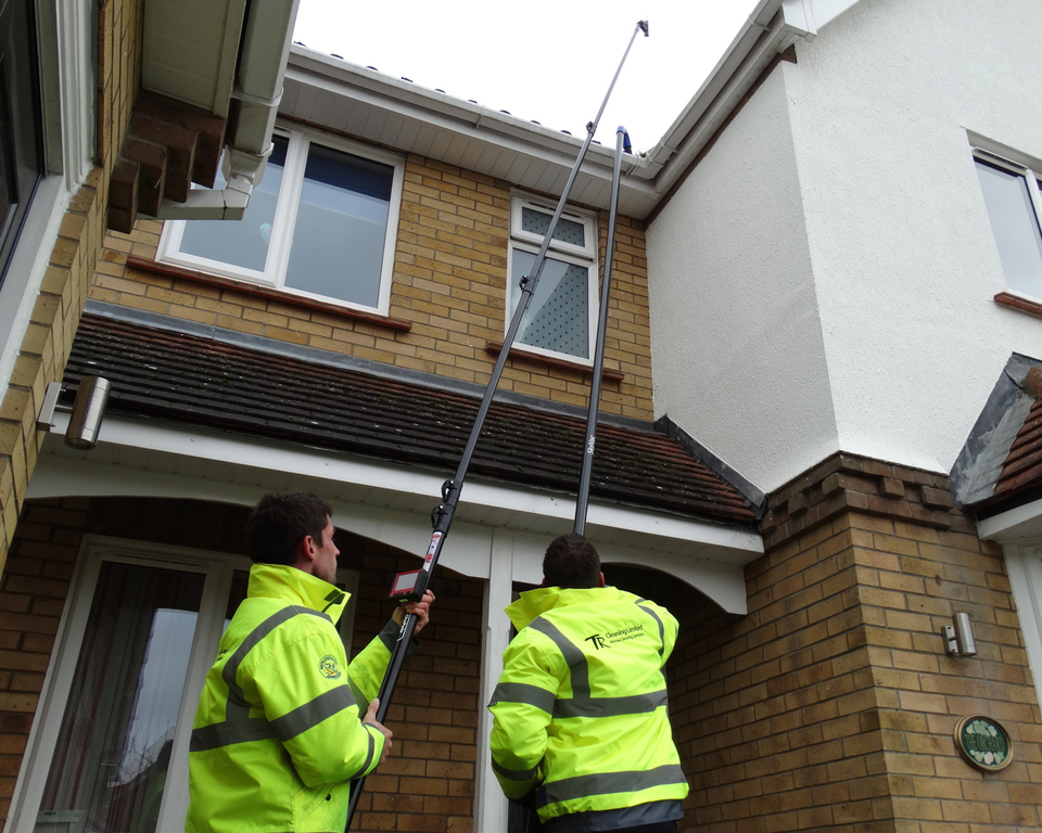 Gutter Cleaning Amp Clearing Service Cambridge Huntingdon